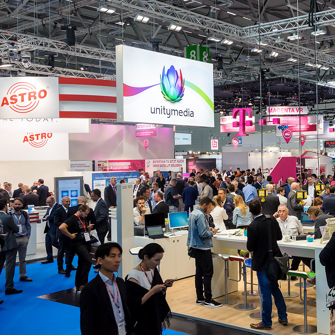 Looking for a new star : ANGACOM 2018